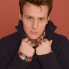 From stage to screen, Jonathan Groff proves he can do it all