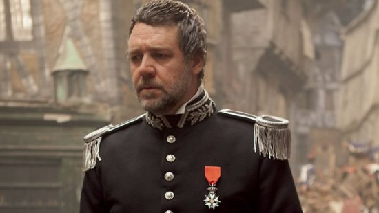 Stage Door Dish Was Russell Crowe S Performance As Javert A Hit